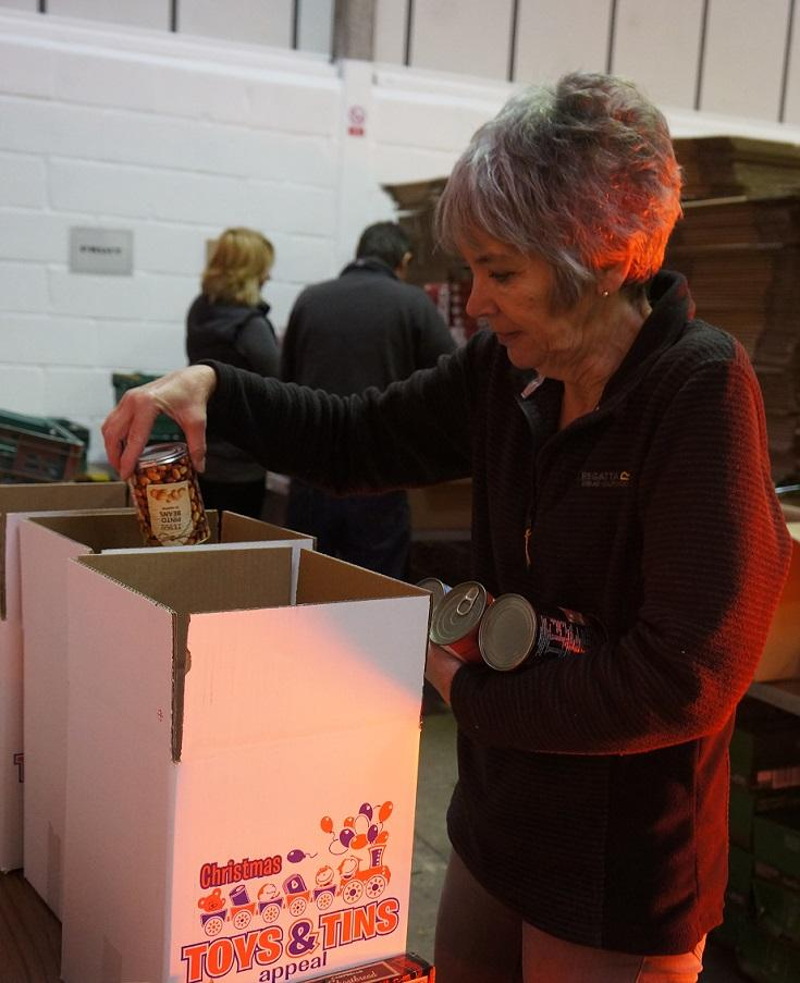 packaging for Toys & Tins Appeal