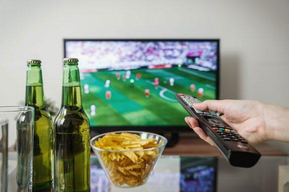 How Drinks Manufacturers Can Take  Advantage of Sporting Events
